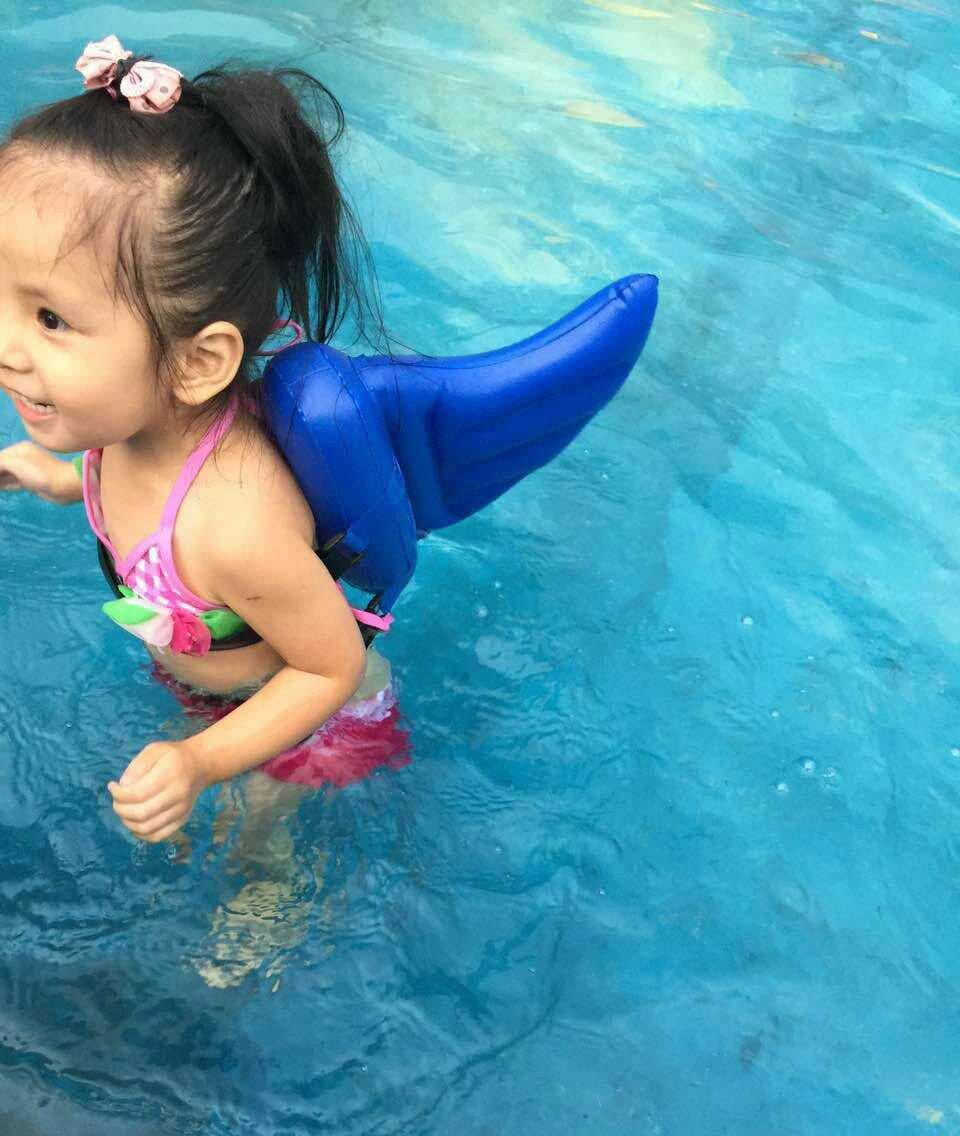2016-Kids-Swimming-Pool-Aid-Inflatable-PVC-Print-Shark-Fin-Style-Swim-Beginner-Float-Buoy-Children_4a9a1f92-cdcf-4cca-8fff-2e2f9ec0e4b6